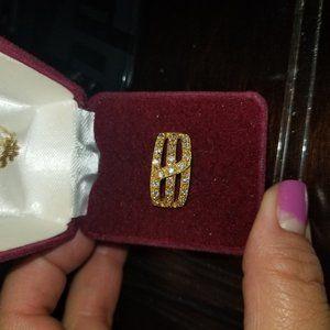 Gold ring sz6
